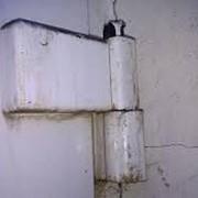 Замена петель дверей их ПВХ, алюминия фото