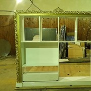 Резка барельефа, изготовление мебельного декора фото