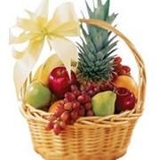 Корзина с фруктами фото