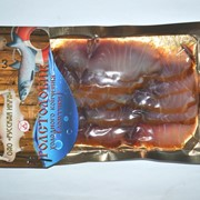 Ломтики из толстолобика холодного копчения в пакетах под вакуумом, 100 г фото