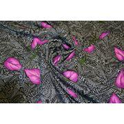 """Плательно - блузочная ткань """" Сиреневые листья"""" фото"""