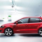 Автомобиль Volkswagen Polo фото