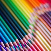 Продажа цветных карандашей фото