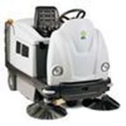 Подметальная машина с сидением IP Cleaning GENIUS 1202 DP фото