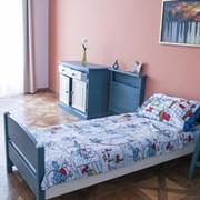 Комплект мебели для спальни из натуральной ели фото