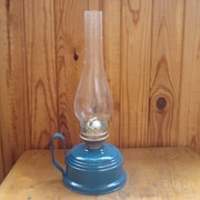 Керосиновая лампа настольная фото