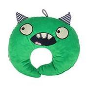 Подушка дорожная детская «Монстрик» для шеи, цвет зелёный фото