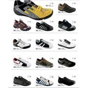 Оптовая продажа спортивной обуви фото