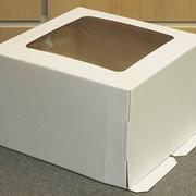 Коробка для торта на 1 кг белая с окном, 210*210*150мм фото