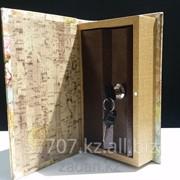 Книга сейф в деревянной обложке Для самого сокровенного фото