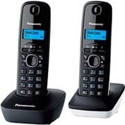 Стационарный телефон, беспроводная трубка (DECT) Panasonic KX-TG1612 , 2 трубки, черно-белый фото