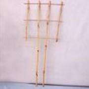 Лесенка для цветов из бамбука фото