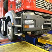Сервисное обслуживание и ремонт грузовых автомобилей фото
