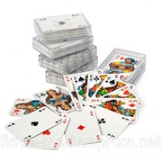 Игральные карты в пластиковом футляре фото