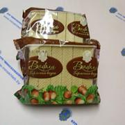 Вафли шоколадно-ореховые, прозрачный пакет фото