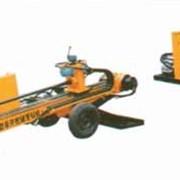 Машина горизонтально направленного бурения ZT-15, на колесах, имеет собственный источник питания закрытого типа, благодаря чему она менее шумна и позволяет работать в близи домов. фото