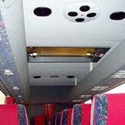 Перетяжка потолка автобуса фото