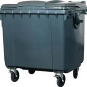 Пластиковый контейнер фото