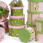 Коробки для подарков круглые фото
