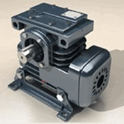Редуктор червячный одноступенчатый Ч-80 для изменения крутящих моментов и частоты вращения вала в качестве комплектующих в приводах машин, оборудования и механизмов фото