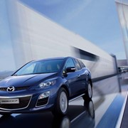 Автомобиль Mazda CX-7 фото