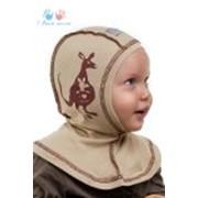 Шапка-шлем темно-бежевая детская фото
