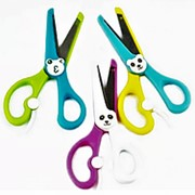 Ножницы 197679 Yalong YL 96288 канцелярские с пластиковыми ручками, усилитилем, см_12,7 цвет ассорти в уп.12 шт. ( цена за 1 шт.) фото