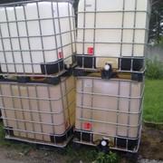 Септик под канализацию, еврокуб, пластиковая емкость на 1000 л в обрешетке на поддоне фото