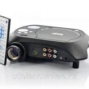 Светодиодный мультимедийный проектор с DVD-плеером 480x320,20 люмен, 100:1 фото