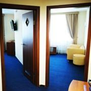 Гостиничный номер класса полулюкс фото