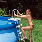 Лестница для бассейнов высотой 91-107см со съемными ступеньками Intex 58969 фото