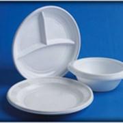 Одноразовые тарелки фото