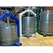 Пресс для переработки фруктов овощей винограда яблоксокодавка соковыжималка фото