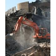 Демонтаж зданий любой сложности фото