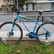 Прокат, аренда дорожных велосипедов. Гибридный велосипед GT Transeo 3.0 2013 фото