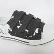 Обувь спортивная детская. фото