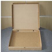 Упаковка из гофрокартона для пиццы. фото