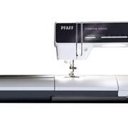 Швейно-вышивальная машина Pfaff Creative Vision фото
