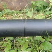 Ремонт трубопроводов методом протяжки новой полиэтиленовой трубы меньшего диаметра внутрь старой фото
