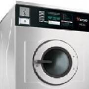 Оборудование прачечное: стиральные машины, сушильные барабаны, гладильные столы, стелажи фото