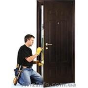 Установка дверей. Врезка замков. Ремонт дверей. Реставрация дверей. (Центр города). фото