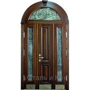 Дверь парадная. фото