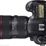 Зеркальный фотоаппарат Canon EOS 5D MARK III KIT 24-105 IS фото