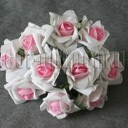 Букет бело-розовых латексных розочек 10 шт/5см 4280 фото