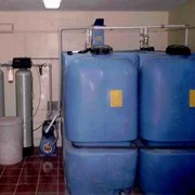 Установка и монтаж систем очистки воды фото