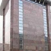 Монтаж вентилируемых навесных фасадов из керамогранита фото