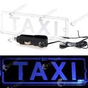 Подсвечиваемая табличка с надписью такси (TAXI) фото