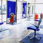 Аксессуары для парикмахерских салонов фото
