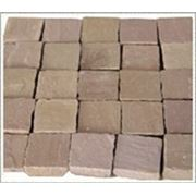 Брусчатка колотая песчаник Индийский 100*100*20-30мм фото