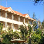 Разработка дизайна сайта бронирования отелей фото